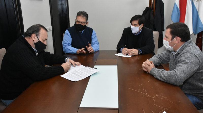 El Intendente Francolini Con estricto protocolo,autorizo las pruebas automovilísticas en el Autódromo